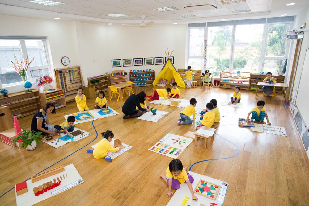 Ҫfarë është metoda Montessori e edukimit?12 parime të përgjithshme. Nga Lorela Garuli